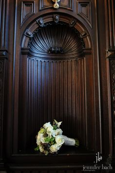 Beautiful bouquet and architectural details at a Branford House wedding