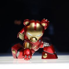 Bearvengers Series Iron Bear