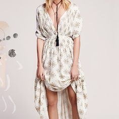Free People oasis print maxi dress New with tags, free people oasis print maxi dress. Tag has writing on back from store but brand new, never worn. Oversized fit, could size down. Free People Dresses Maxi