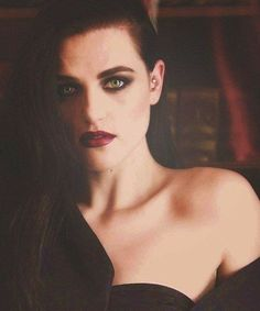 Katie McGrath for Yennefer Of Vengerberg in The Witcher Netflix series? Katie Mcgrath Hot, Oc Fanfiction, Morgana Le Fay, Merlin Morgana, Katherine Elizabeth, Grunge, Yennefer Of Vengerberg, Johny Depp, Lena Luthor