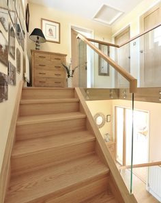 45 Luxury Glass Stairs Ideas - The function of any railing system is to add safety to a staircase while adding beauty to the home or business. A carefully designed stair railing wil. Staircase Outdoor, Narrow Staircase, New Staircase, Modern Staircase, Staircase Design, Open Stairs, Staircase Ideas, Oak Handrail, Stair Railing