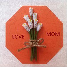 DIY Mother's Day Gift Idea - Flower Card Tutorial for Mother's Day - Createsie Diy Mothers Day Gifts, Diy Gifts, Gifts For Mom, Mother's Day Diy, Love You Mom, Cute Diys, Flower Cards, Cool Diy, Fabric Flowers