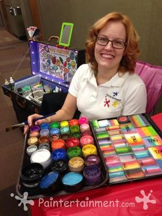 Great website for any facepainting information you need and inexpensive items.  Great blog to help the fellow artist.  Gretchen is such a sweetie with responding and so eager to help any aspiring face painter.  Heart of gold.  For that, I really respect her.  Go to her with any questions.