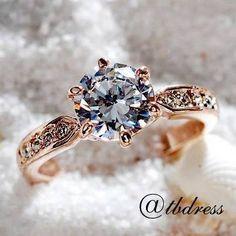 Diamond Ring Set In Gold