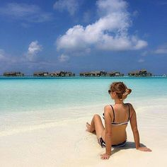 Always summer  #maldives #photoshoot #blinxmv #igers #instapic #instagood #instalike #sunnymaldives #sunsandsea # https://t.co/0skEI3QFtS (via Twitter http://twitter.com/maldivesinpics/status/671274827987185664) - http://ift.tt/1HQJd81