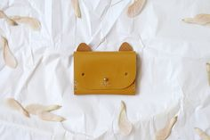 A cat-shaped card wallet is sure to please feline fans. #etsy #etsygifts