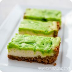 Key Lime Cheesecake Bars | If you like key lime pie recipes, you need to try these dessert bars.