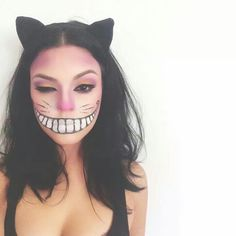 Cheshire Cat Makeup By Carmen Rodriguez  https://www.pinterest.com/evieivette/ www.instagram.com/eevviiee