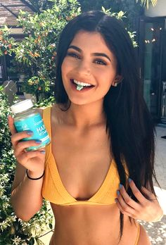 Kylie Jenner is obsessed with Sugar Bear Hair vitamins! She puts a lot of stress on her hair and these bears make her natural hair look and feel amazing!  Plus they are DELICIOUS