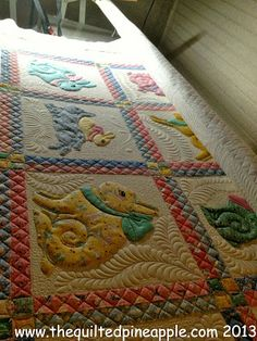 THE QUILTED PINEAPPLE: Grandma's Bunnies