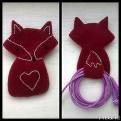 Felt fox headphone holder