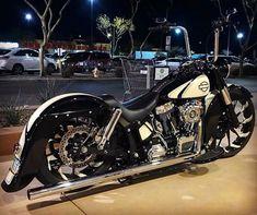 Harley Bobber, Harley Softail, Harley Bikes, Bobber Style, Motorcycle Style, Motorcycle Gear, Motorcycle Quotes, Custom Harleys, Custom Motorcycles