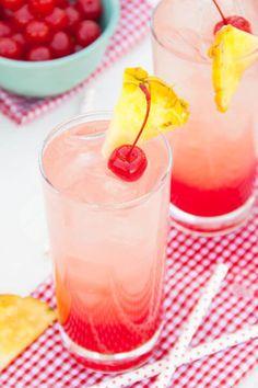 Zauber mit einer abkühlenden Limonade ein Mini Paradies um Dich herum! - Maraschinokirschen Ananas Limonade