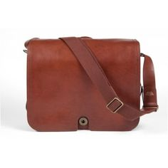 Bosca S Design Philosophy Is Tradition With A Twist The Faustino Messenger Bag Takes Its