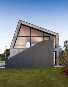 La Leroteca / Lacaja Arquitectos
