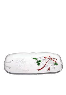 The Holiday Bell collection provides a warm holiday feeling at this special time of year. The red ribbon with a cluster of pine cones, holly and bells on a crystal setting provides a festive look for any home. Christmas Dishes, Mikasa, Gift Guide, Sunglasses Case, Holiday, Tray, Gifts, Christmas Starters, Vacations