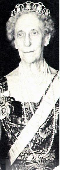 Princess Ingeborg of Sweden, nee Princess of Denmark with Boucheron Pearl Circle tiara. Princess Ingeborg is mother to Crown Princess Märtha and grandmother to Princesses Ragnhild and Astrid