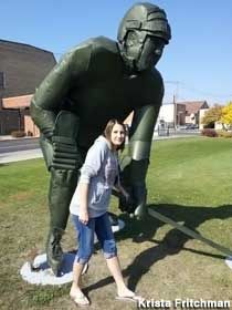 Visit reports, news, maps, directions and info on Green Mr. Hockey Statue in Bemidji, Minnesota. Roadside Attractions, Down South, Big Picture, Worlds Largest, Bemidji Minnesota, Street Art, Road Trip, West Side, Hockey Players