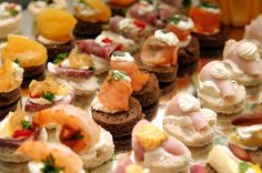 Appetizers for Weddings | Having a brunch wedding reception or a lunch reception is a great way ...