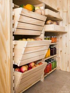 Root pantry