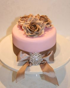 Cake dummy for the wedding fair by The Clever Little Cupcake Company (Amanda), via Flickr