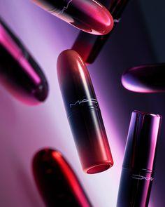 simple makeup looks Ful Image, Sock Dart, Simple Makeup Looks, Wallpaper Magazine, Beauty Packaging, Photo Makeup, Winter Beauty, Shiseido, Bottle Design