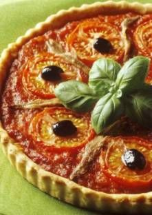 Tarte provençale aux tomates et aux anchois