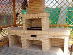 Bilderesultat for murstein kutter Brick Grill, Patio Grill, Outdoor Cooking Area, Outdoor Oven, Outdoor Fireplace Designs, Backyard Fireplace, Barbecue Garden, Built In Braai, Barbecue Design