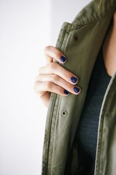 Bold color on short nails.