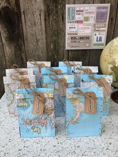 10 Medium Size World Map Favor Bags 2020 - hochzeitsmotto. - 2020 Fashions Woman's and Man's Trends 2020 Jewelry trends Travel Bridal Showers, Around The World Theme, Map Crafts, Going Away Parties, Travel Party, Travel Themes, Travel Posters, Favor Bags, Baby Shower Themes