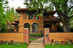 [ Small Spanish Style Homes Metal Roof Ranch House Plans With Courtyard Home ] - Best Free Home Design Idea & Inspiration Tuscan Style Homes, Spanish Style Homes, Spanish House, Spanish Colonial, Spanish Design, British Colonial, Ranch House Plans, New House Plans, Design Exterior