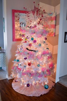 Find This Pin And More On Pink Christmas Tree Decorating Ideas .