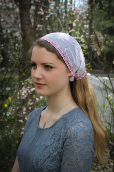 Evintage Veils~ St Therese Headwrap Embroidered Little Flower Rose/White Floral Lace Headband Kerchief Tie-style Head Covering Church Veil Catholic Veil, Persian Girls, Beautiful Muslim Women, Kerchief, Tie Styles, Lace Headbands, Still Life Art, White Ribbon, Veils