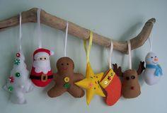 フエルトの手作りオーナメント、とってもかわいいですよ! フエルトでお手軽に作れる、かわいいクリスマスオーナメン…
