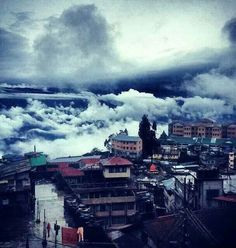 Darjeeling, India Beautiful Sites, Beautiful World, Beautiful Places, Places To Travel, Places To Visit, Unity In Diversity, India Culture, India People, Darjeeling