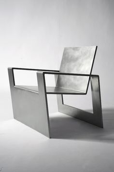 Na gut, ob dieser Metall-Stuhl bequem ist, weiß man nicht, aber auf jeden Fall sieht er richtig gut aus! Forrest Myers #Metall #impressionen