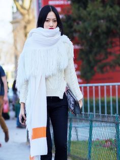 Now Trending: The Super-Size Scarf via @WhoWhatWearUK
