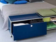 Meuble de rangement bas - Design USM Haller - coloris bleu