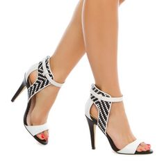 my inexpensive fix -- ShoeDazzle! Style. Personalized.