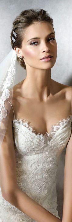 Pronovias PRACIALA wedding dress