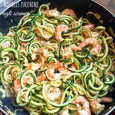 Noodles di zucchine ai gamberi