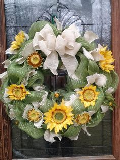 Deco Mesh/Burlap Sunflower wreath by BCCbyBecca on Etsy, $50.00