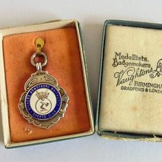 Rare Vickers Armstrong Whitworth Sports Club Silver & Enamel Fob Medal This…