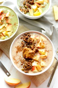 10 Smoothie Bowls to Make You Understand Why this Breakfast Trend has Swept Across the Internet - Chasing Foxes