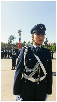 Chile, Female Soldier, Real Women, Camo, Captain Hat, Military Uniforms, Soldiers, Beauty, Beautiful
