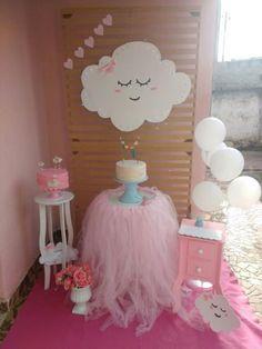 Chá de Bebê Nuvem – 26 Decorações, Dicas e Ideias Maravilhosas! Princess Birthday, Girl Birthday, Birthday Parties, Unicorn Birthday, Unicorn Party, Cloud Party, Sunshine Baby Showers, Sunshine Birthday, Little Pony Party