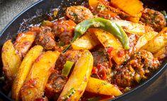 Výsledok vyhľadávania obrázkov pre dopyt turecké recepty Paella, Chicken Wings, Meat, Ethnic Recipes, Food, Red Peppers, Essen, Meals, Yemek