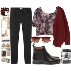 burgundy floral crop top + rouge chunky waffle knit boyfriend's cardigan + lagarconne black jeans + mango leather chelsea ankle boots