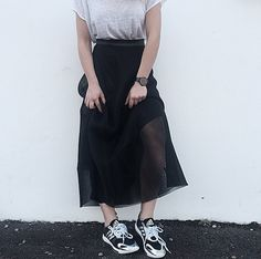Sports Luxe w/ Fifth bloggers @whenwordsfail_ wearing her All-Black Fifth timepiece. The Fifth Watches // Minimal meets classic design: www.thefifthwatches.com