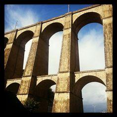 Pont de Morlaix, Bretagne. En train, on passe sur ce pont lorsqu'on se rend à Morlaix.